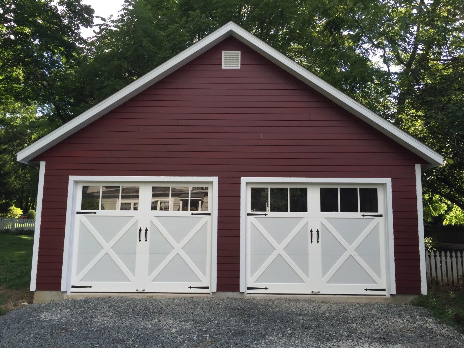 24x24-with-LP-SmarLap-Siding-CSX-Carriage-Style-garage-doors-and-8-12-attic-truss-package-2